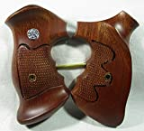 Smooth as Silk WOOD CHECKERED GRIPS FOR S &W REVOLVERS, K, L FRAME, SQUARE ROUND BUTT FINGER GROOVES, NEW
