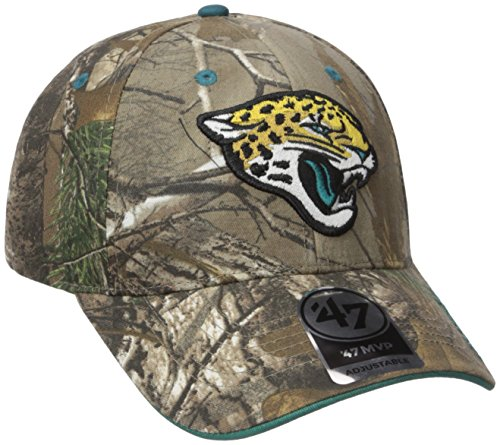 new style 9efd9 d8d91 Amazon.com    47 NFL Green Bay Packers Frost MVP Camo Adjustable Hat, One  Size Fits Most, Realtree Camouflage   Clothing