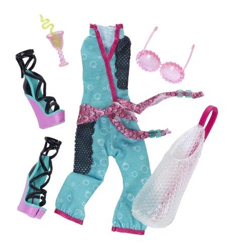 Monster High Lagoona Blue Fashion Pack (Monster High Ice Skates)