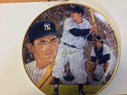 Yogi Berra Signed Collectors Plate By Gartland USA # 493/2150