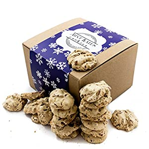 Aunt Kate's Crunchy Pecan Cookies (Blue Snow Flakes, 17 ounce)