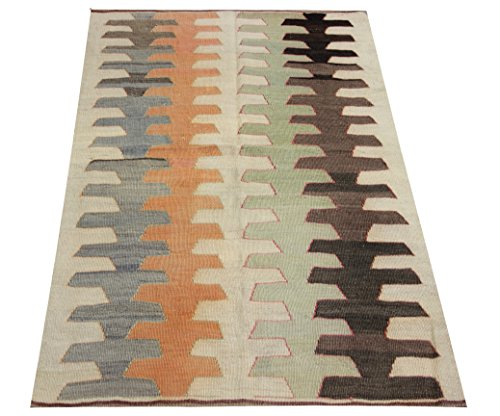 Decorative Small Kilim rug 4,4x3,1 feet Area rug Old rug Nomadic Kilim Rug Throw kilim rug Floor Kilim Rug Turkish Rugs Room Decor