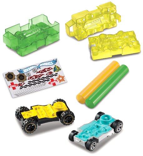 Hot Wheels Car Maker Highway Emergency Accessory Mold Pack (Car Maker)