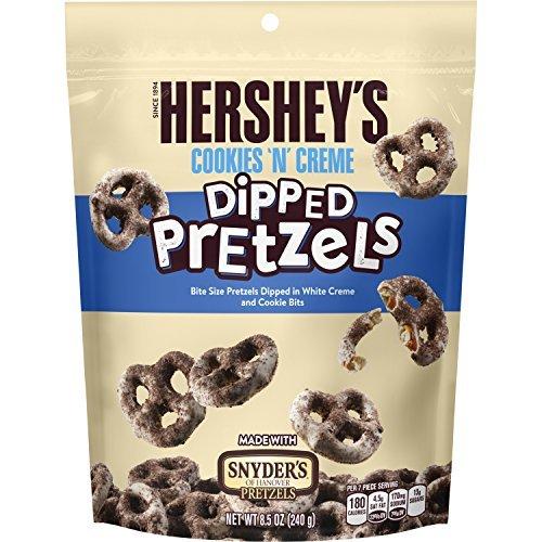 Hershey's Cookies 'n' Cream dipped Pretzels (Dipped Cookie)