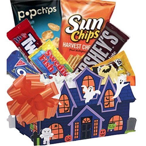 Halloween Haunted House Snack Basket (Halloween Trail Mix Names)