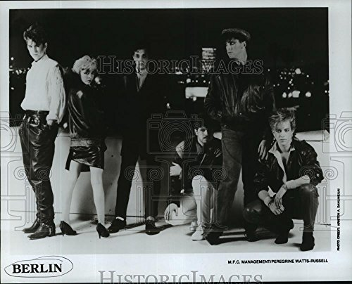 1984 Press Photo Members of the band Berlin, standing on a rooftop - - Members Band Berlin