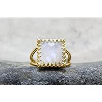 gold moonstone ring,square ring,bridal ring,lace prongs ring,14k gold filled ring,custom ring,personalized ring