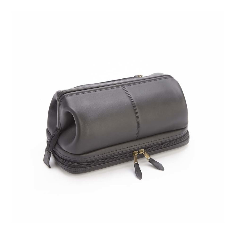 4e05ae4bf7 Amazon.com   Royce Leather Toiletry Travel Wash Bag with Zippered Bottom  Compartment