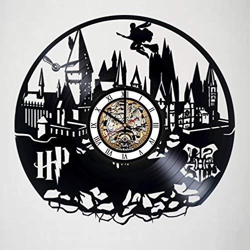 Harry Potter - Magic School Hogwarts - Handmade Vinyl Record Wall Clock - Quidditch - Snitch - Get unique nursery room or bedroom wall decor - Gift ideas for kids – Fantasy Movie Unique Design