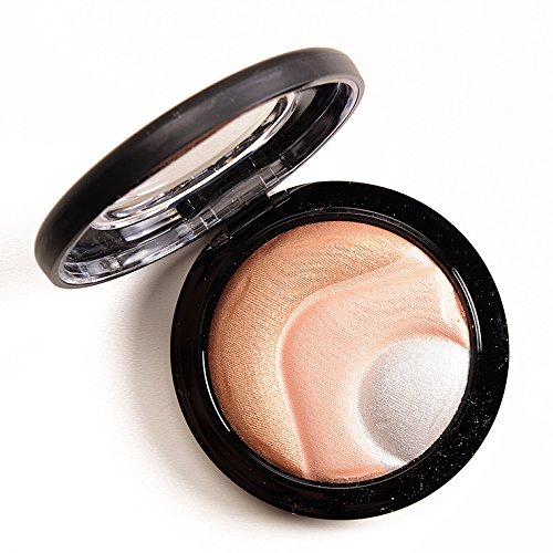 MAC Mineralize Skinfinish Otherearthly