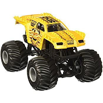 Amazon.com: Hot Wheels Monster Jam Max-D Vehicle, Silver 1:24 Scale ...