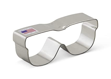 c4f948ae15cb3 Amazon.com  Ann Clark Sunglasses Cookie Cutter - 3.5 Inches - Tin ...