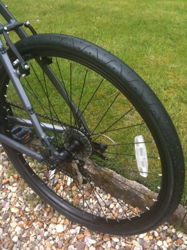 LS077 Curio - Rueda de bicicleta (26 x 2,10)