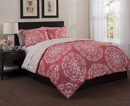 stylehouse Floral Medallion Bed-in-a-Bag Comforter Set, Full, Coral