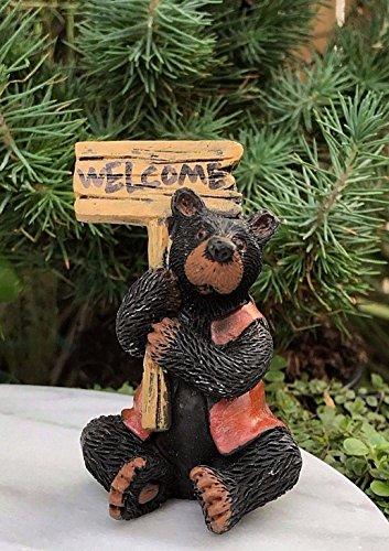 Fairy & Garden Magic Miniature Dollhouse Figurine ~ Bear with Welcome Sign ~ New Mini Garden Scene