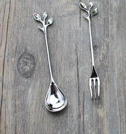 Aleación de diseño de hojas de oro y plata Cubiertos Cuchara de postre de cuchara de