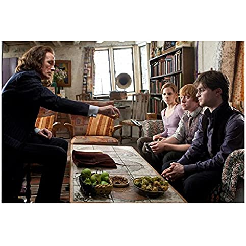 Harry Potter Bill Nighy As Rufus Scrimgeour In Living Room With Harry, Ron,  And