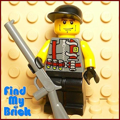 M847 x Lego Hunter Minifigure with Gun Bullets Knife Pattern [ New Lego Sold Loose as Image Show ]