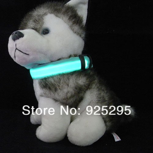 LED Nylon Pet Dog Collar Night Safety LED Light-up Flashing Glow in the Dark Size L