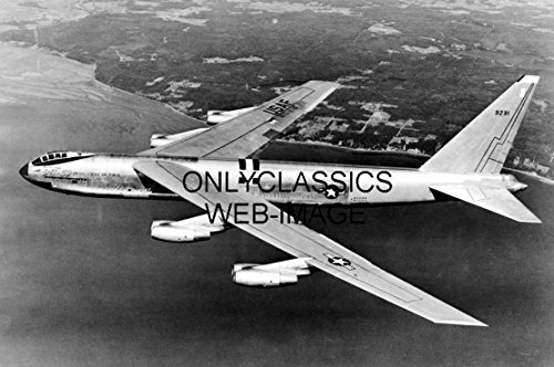 OnlyClassics USAF Boeing B-52 Bomber Stratofortress Aerial Photo Aviation WAR Jet ()