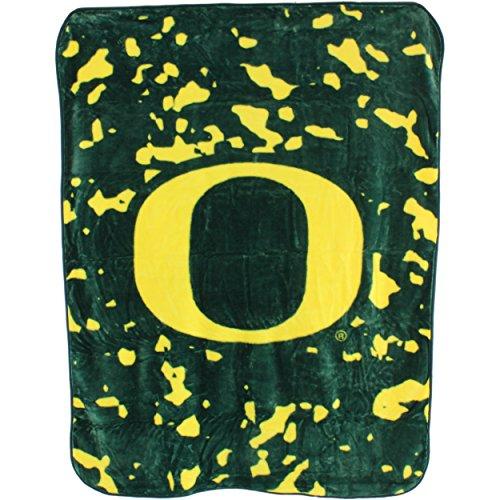 College Covers Oregon Ducks Throw Blanket/Bedspread (Duck Throw Blanket)