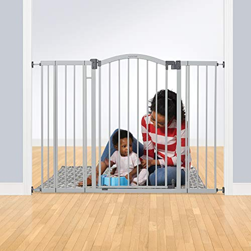 """Summer Infant Extra Tall & Extra Wide Safety Gate, 29.5 - 53 Inch Wide & 38"""" Tall, for Doorways & Stairways, with Auto-Close & Hold-Open, Grey"""