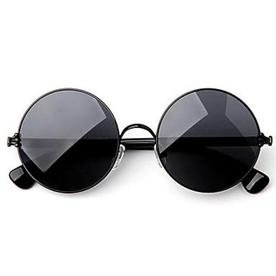 7a205fb6070 Briota Full Rim Round Black Sunglasses for Men   Women  Amazon.in  Clothing    Accessories