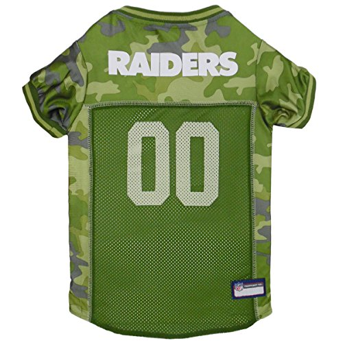 NFL Oakland Raiders Camouflage Dog Jersey, Medium. - CAMO PET Jersey Available in 5 Sizes & 32 NFL Teams. Hunting Dog Shirt]()