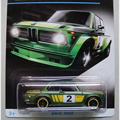 HOT WHEELS EXCLUSIVE BMW SERIES GREEN BMW 2002 4/8: Toys & Games