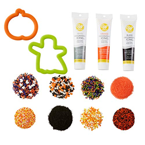 Wilton Halloween Cookie Baking and Decorating Set, 7-Piece