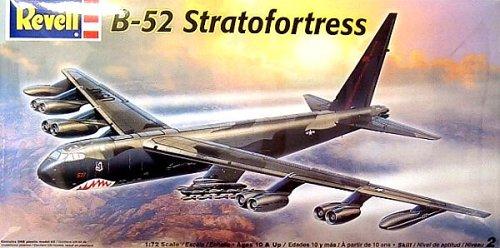 アメリカレベル 1/72 B-52 ストラトフォートレス 05709 プラモデル
