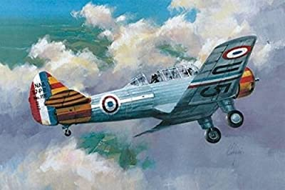 Azur NAA57 Trainer Aircraft Model Kit (1/72 Scale)