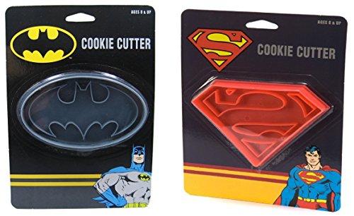 DC Comics Batman + Superman Cookie Cutters Bundle - Cookie Stamp Cutter