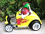 M&M Yellow Hot Rod - Rebel without a Cause - Race