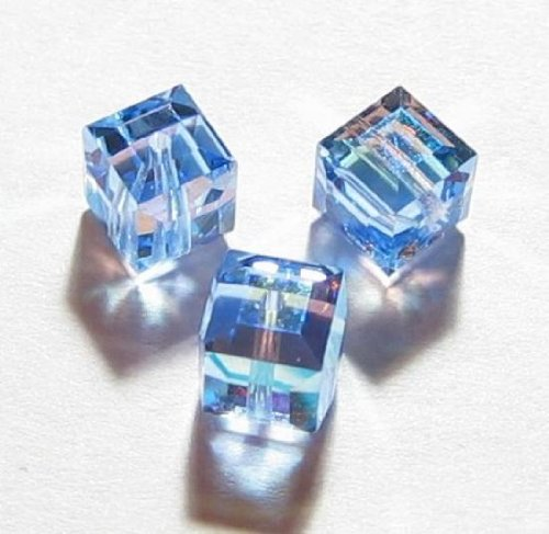 6 pcs Swarovski Crystal 5601 Cube Bead Spacer Light Sapphire AB 4mm / Findings / Crystallized (Coating 5601 Cube)