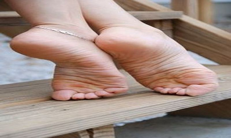 Toes pictures Pointing fetish