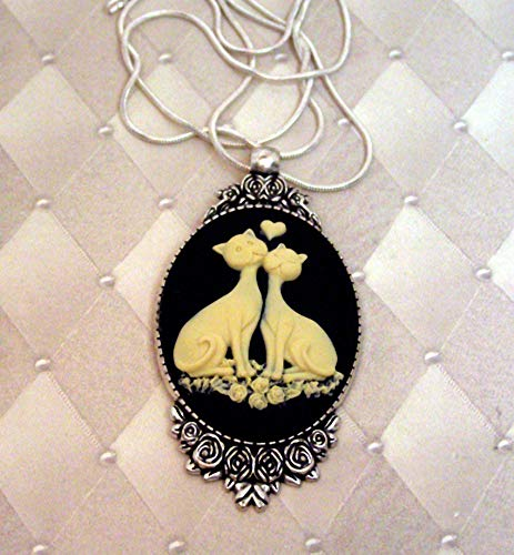 (Large Black and Cream Cameo SIAMESE CAT Pendant Necklace, Sterling Silver Chain, Cat pendant)
