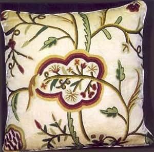 Crema de loto de almohada bordado con lana de terciopelo de algodón (de 20x20)