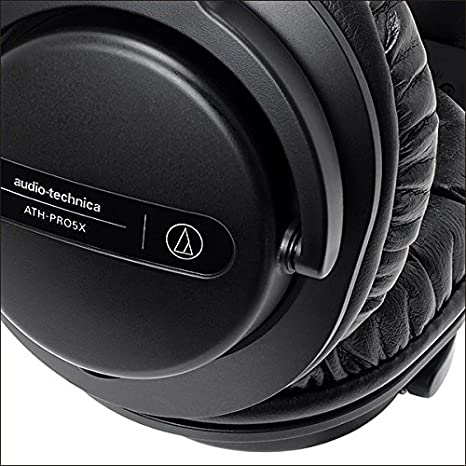 White Audio-Technica ATH-PRO5XWH Professional Closed-Back Dynamic Over-Ear DJ Monitor Headphones