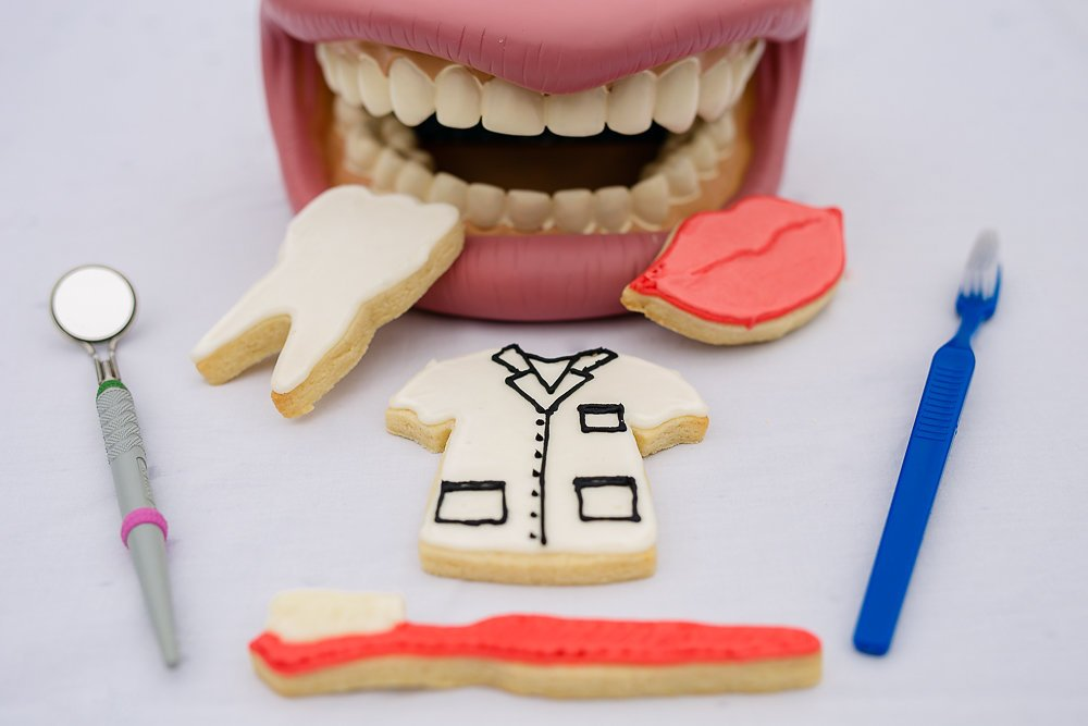 "R&M International 2002 Dental Cookie Cutters, Scrub Shirt, Lips, Tooth, Toothbrush, 4-Piece Set 3 Set of 4 tinplated steel dental themed/shaped cookie cutters Includes: 3.5"" Scrubs Tee Shirt, 3.5"" Lips, 2.5"" Tooth, and 5"" Toothbrush High-quality cutters cut through a variety of doughs easily and can also be used on sandwiches, fondant or craft clay - don't limit your imagination!"
