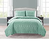 VCNY Home Shore Polyester 3 Piece Quilt Set