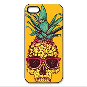 Forever Collectibles Pineapple Pattern Retro Snap-On Apple iPhone 5 & 5s Case