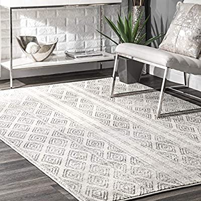 """nuLOOM Sarina Diamonds Area Rug, 5' x 7' 5"""", Grey - Made in Turkey PREMIUM MATERIAL: Crafted of durable synthetic fibers, it has soft texture and is easy to clean SLEEK LOOK: Doesn't obstruct doorways and brings elegance to any space - living-room-soft-furnishings, living-room, area-rugs - 51GCJxXrxVL. SS400  -"""