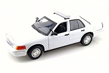 Amazoncom Ford Crown Victoria Undecorated Police Car Motor - 2001 crown victoria