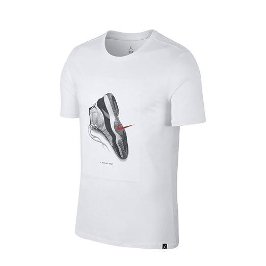 d4cc55c91835 Amazon.com  NIKE Mens Air Jordan 11 CNXN T-Shirt  Sports   Outdoors