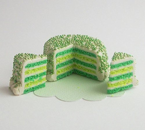 Green and Lime Party Cake with Icing Sprinkles 2 Slices Doll Food for Fashion Dolls like Barbie, Bratz, Ever After High, Monster High, Winx Club, Blythe, Pullip, Miniature Fairy Garden ()