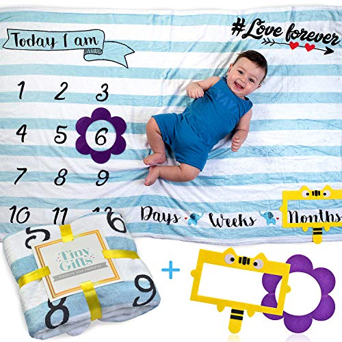 Baby Monthly Milestone Blanket by Tiny Gifts - Large (60x40