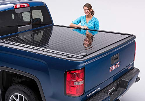 RetraxPRO Retractable Truck Bed Tonneau Cover | 40373 | fits F-150 Super Crew & Super Cab 5.5' Bed (15-18)