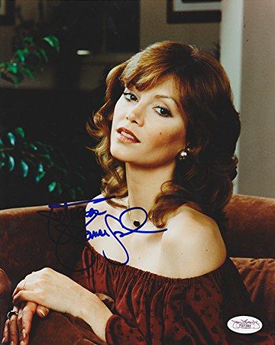 VICTORIA PRINCIPAL SIGNED 8x10 POSED MINT PHOTO DALLAS TV SHOW ACTRESS JSA COA