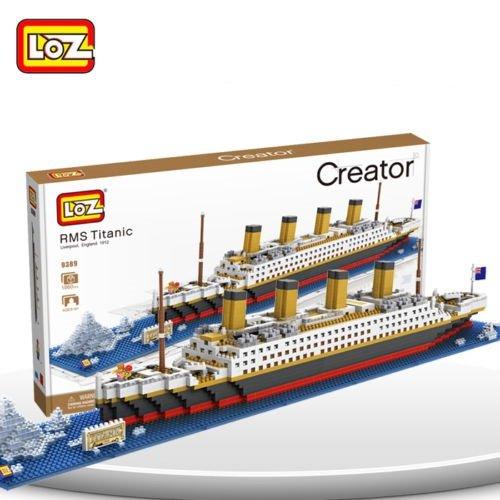titanic lego model - 3